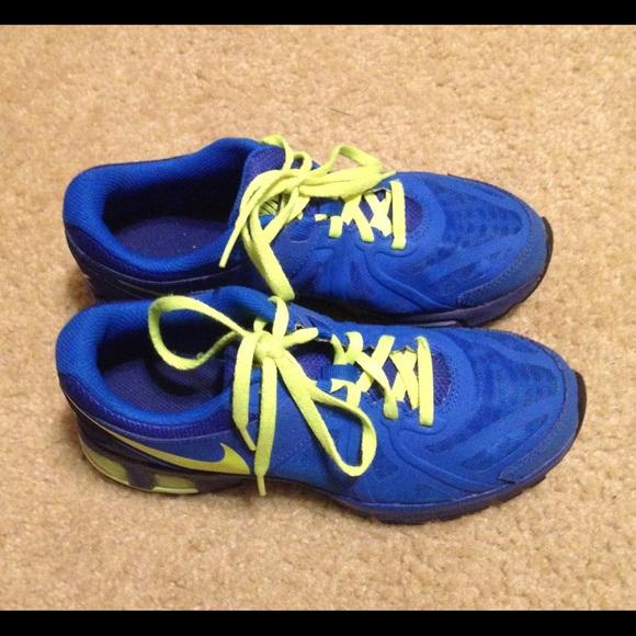 58866b14ec663 Nike Shoes   Air Max Run Lite 5 Boys Youth Running   Poshmark